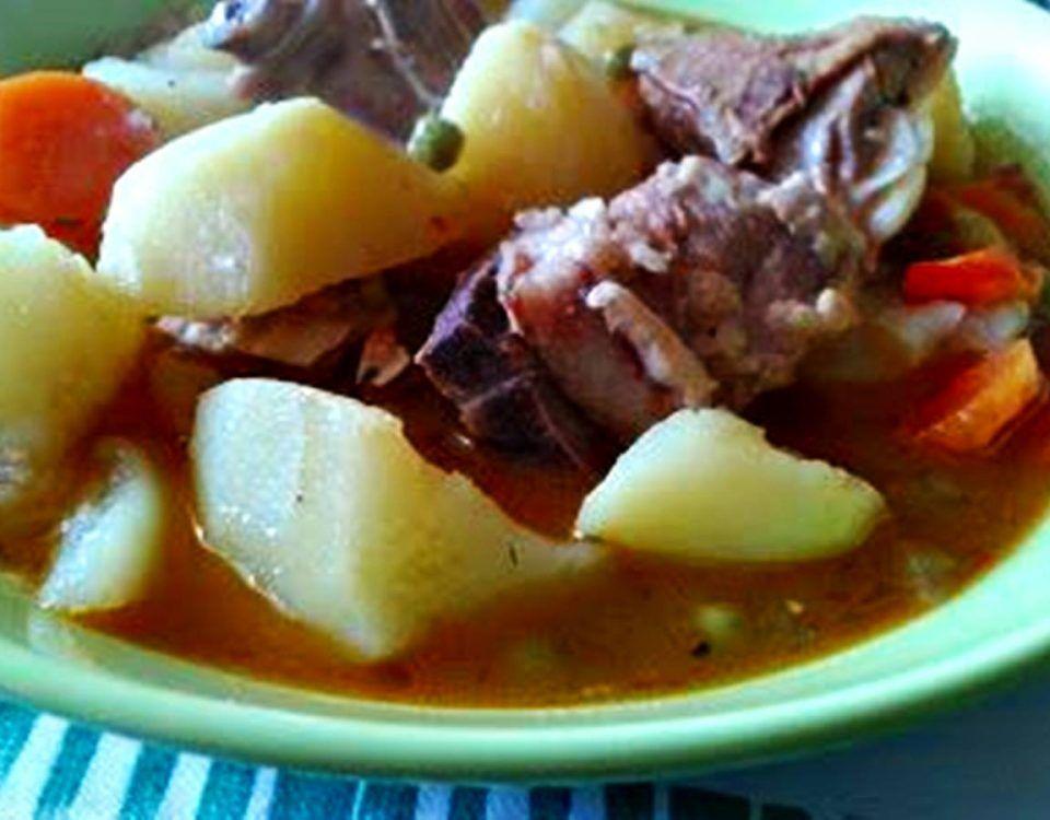 Cordero en Caldereta, un plato de cuchara tradicional, seguro que gusta a toda tu familia, van a rebañar el plato! 55 minutos