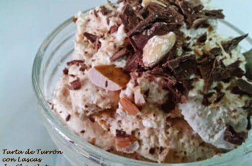 Tarta de Turrón con lascas de Chocolate y almendras