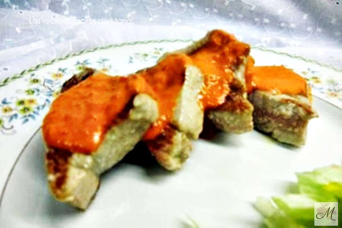receta solomillo de atún con salsa de piquillos