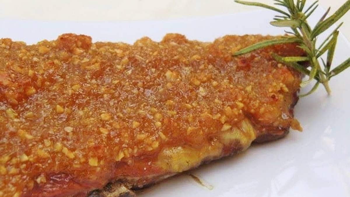 Costillar Asado con costra de Miel y Almendras receta de cocina