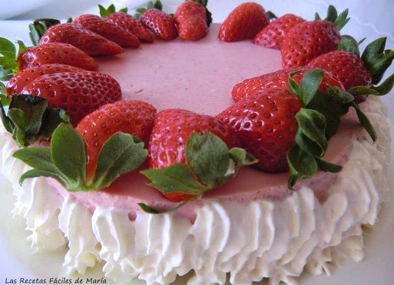 Receta de Tarta Mousse de Fresas con Mascarpone sin horno