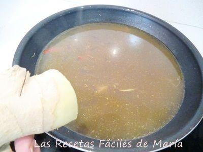 Cómo se hace Sopa Asiática de Noodles y Mejillones