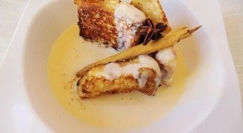 receta de torrijas o tostadas francesas con crema inglesa
