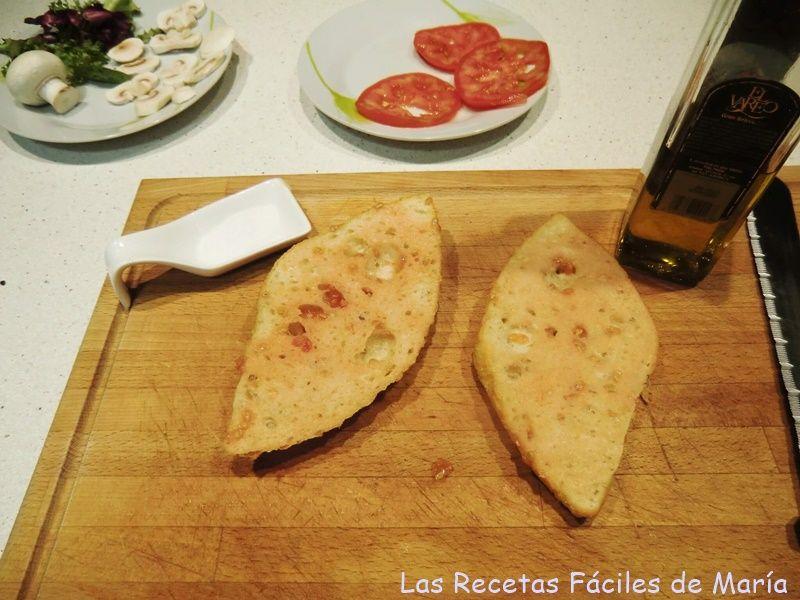 pan con tomate para tortilla de jamón de jabugo