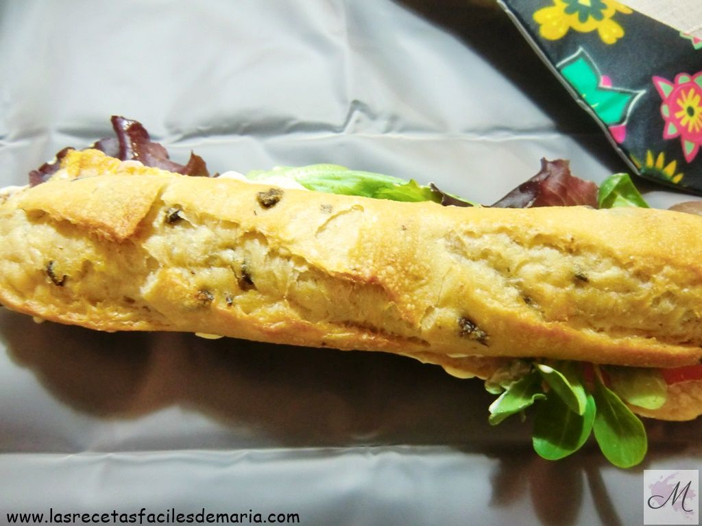 Bocadillo-de-jamón-ibérico-con-pan-de-aceitunas-desayunos-saludables-para-niños-cuanto-sabes
