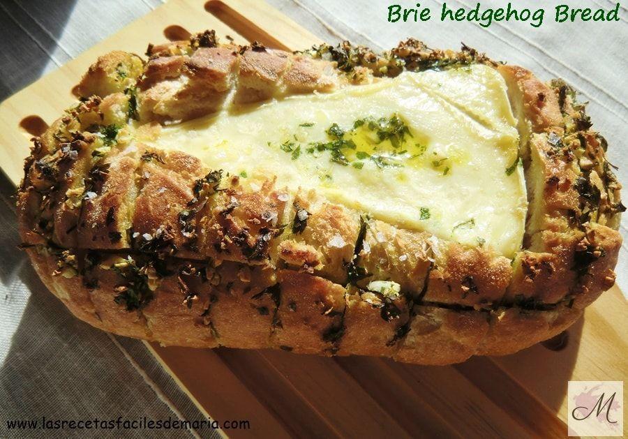 Brie Hedgehog Bread delicioso pan relleno de Brie!