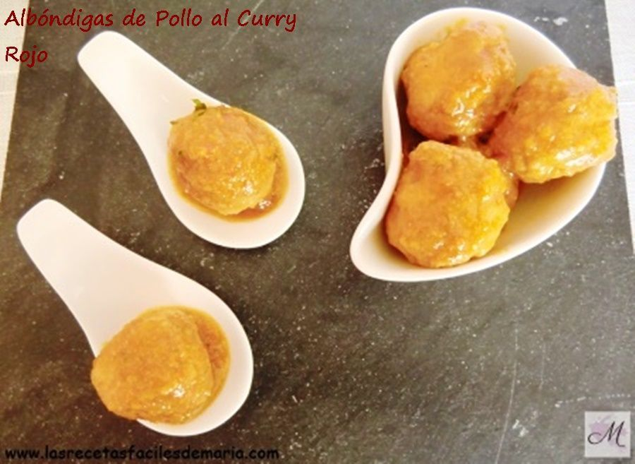 albóndigas de pollo al curry en tapa