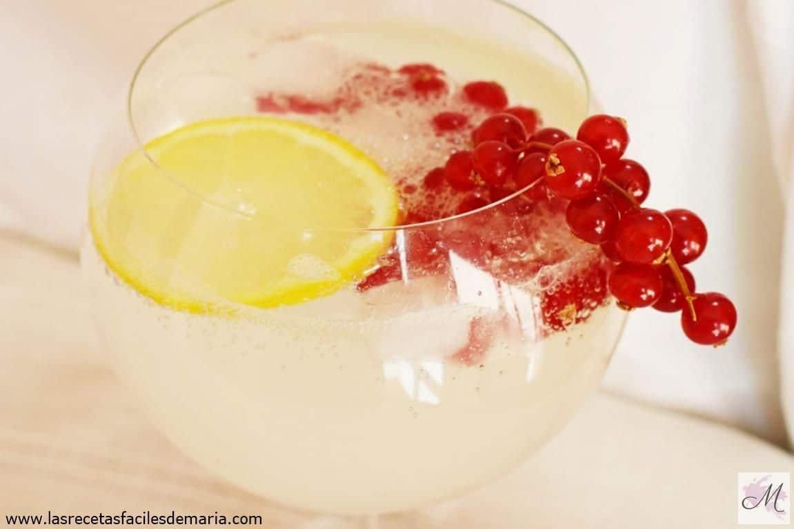 receta Cóctel Collins de Grosellas el trago más fresco