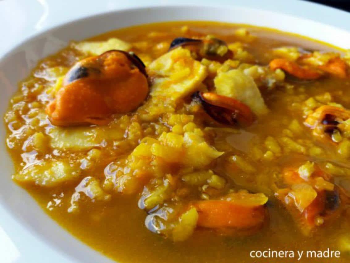 Sopa de Arroz con Marisco Cocinera y Madre recetas de arroces fáciles y rápidas