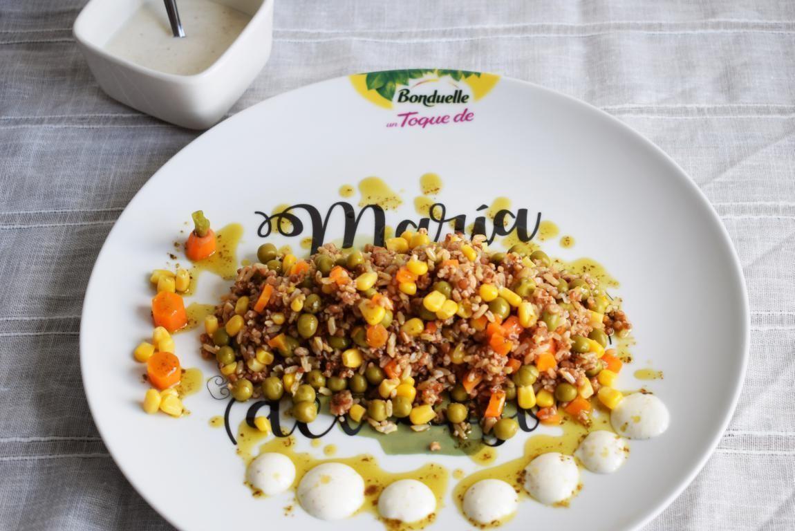 Ensalada Quinoa roja Verduras y Yogurt Especiado