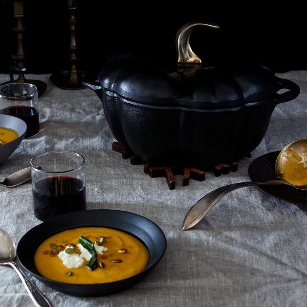 calabaza de hierro fundido Francis Staub inspirada en una variedad de calabaza conocida como Rouge Vif d'Etampes