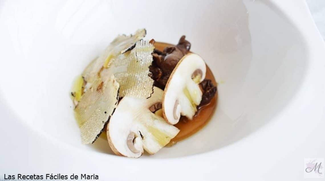 Rebozuelos en lámina vegetal con Trufa receta de cocina