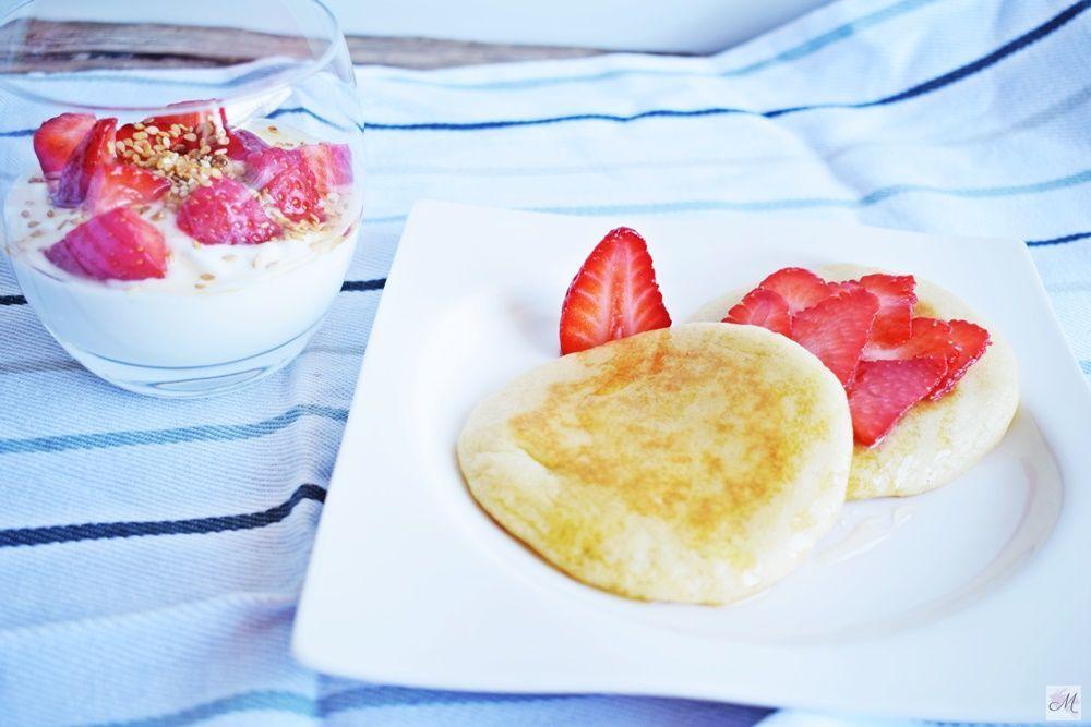 Pancake Natural con contenido reducido en grasa y en azúcares con Fresas