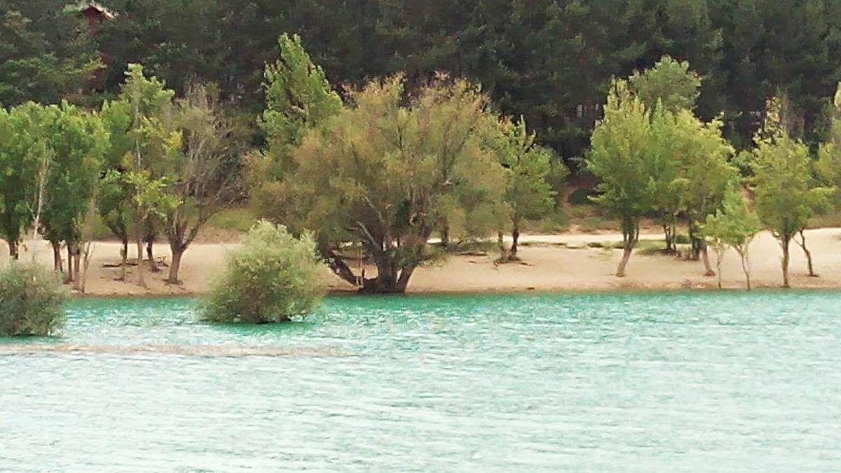 Embalse de Alloz playa Embalse de Alloz un lugar para no perderse