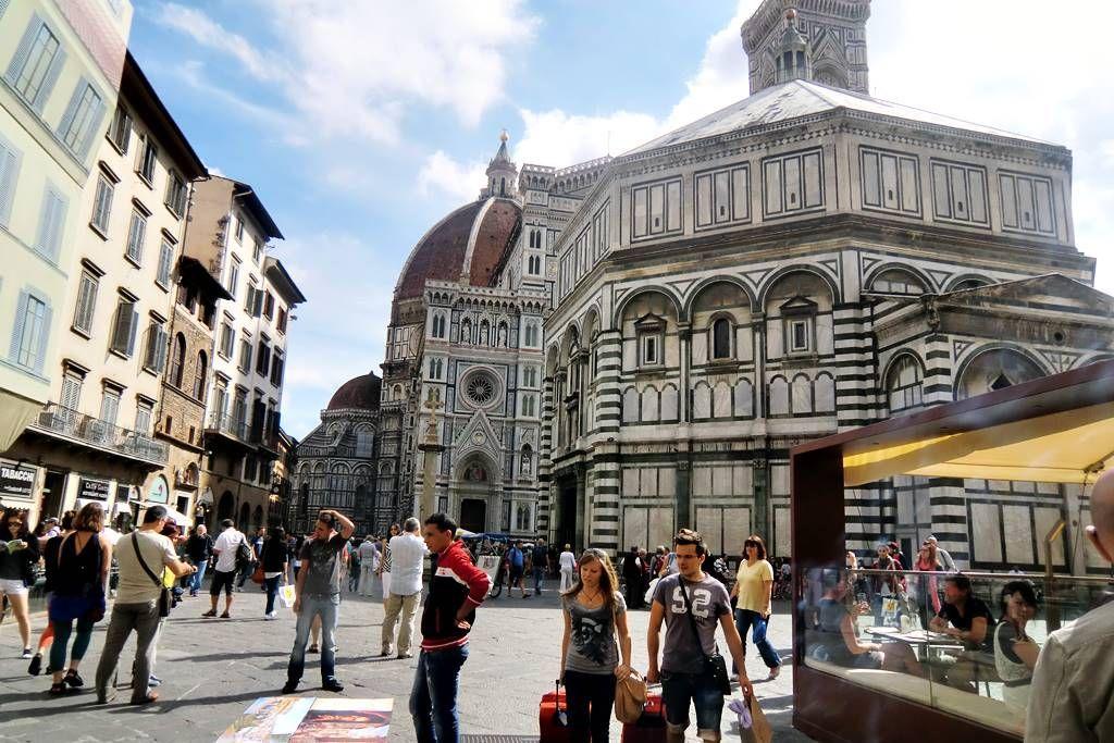 Plaza del Duomo Florencia