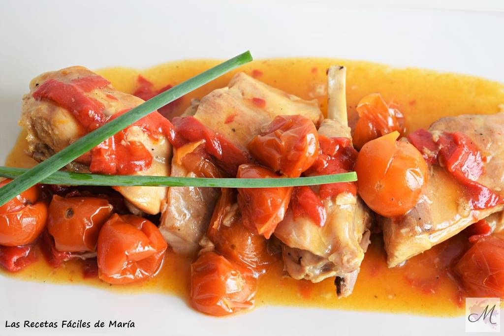 Conejo con Tomates Cherrys y pimientos