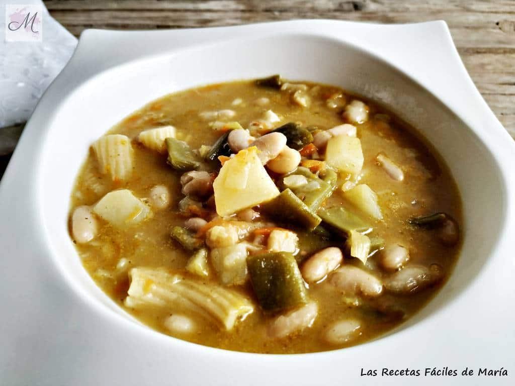 sopa minestrone con aroma de jamón