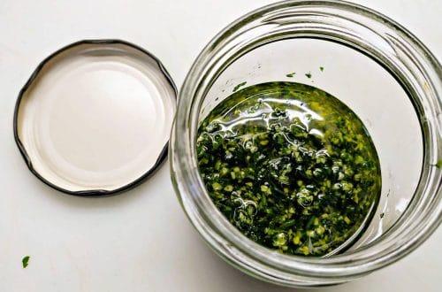 como hacer salsa de ajo y perejil y como conservarlo